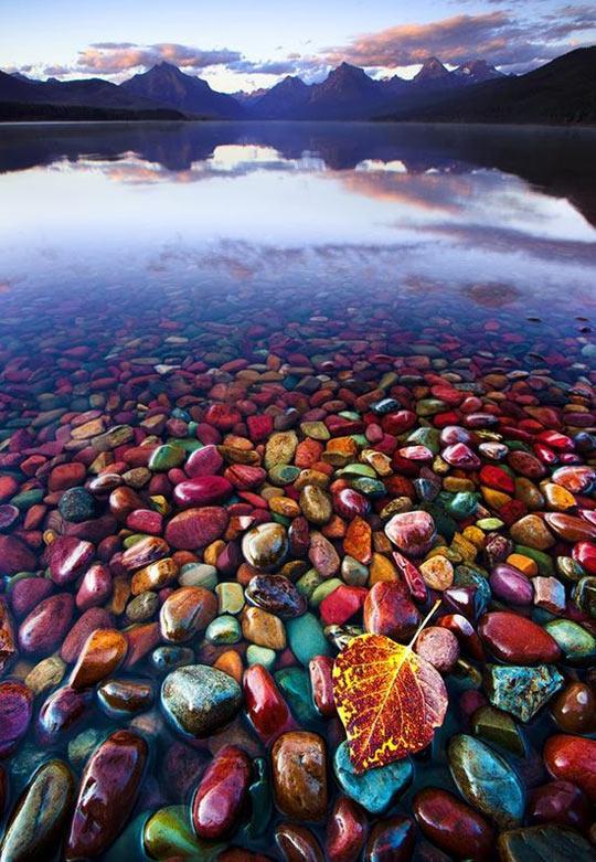 cool-pebble-lake-Glacier-National-Park1